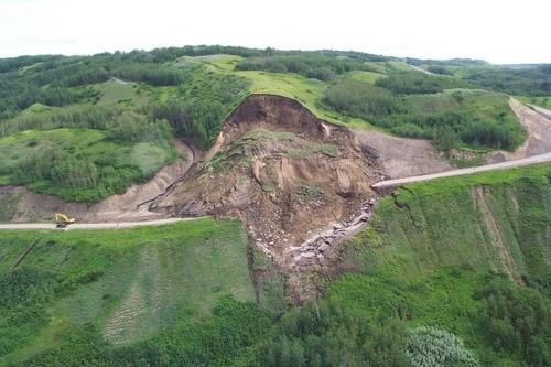 Геоматериалы для защиты склонов от грунтовых оползней