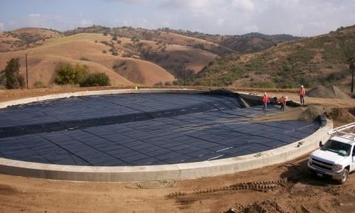Геотекстиль 300, 350, 400, 450 для водохранилища