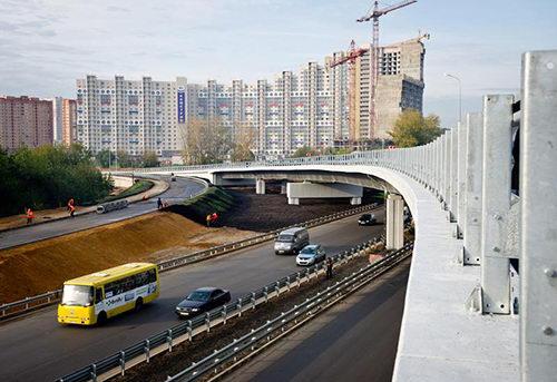Начало строительства разворотной экстакады на Волоколамском шоссе в Москве