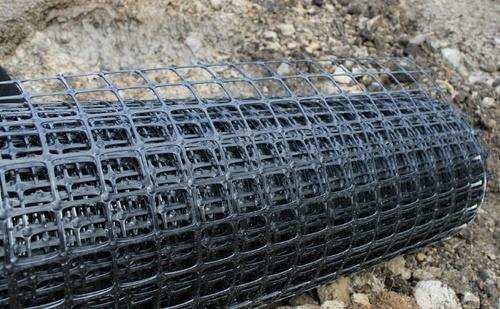Обустройство бетонной стяжки с помощью геосетки