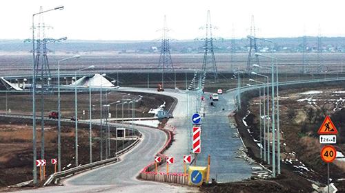 Развязка на трассе под Симферополем в Крыму готова на 40%
