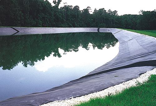 Строительство больших прудов