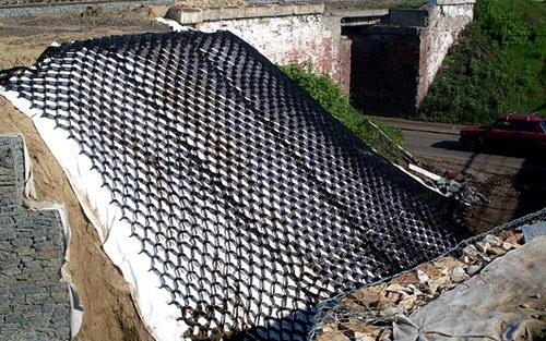 Купить георешётку для укрепления откосов и склонов в Краснодаре