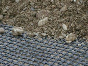 Функции и преимущества использования геосетки Армогрунт