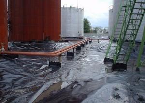 Строительство нефтяных амбаров с гидроизоляцией из геомембраны