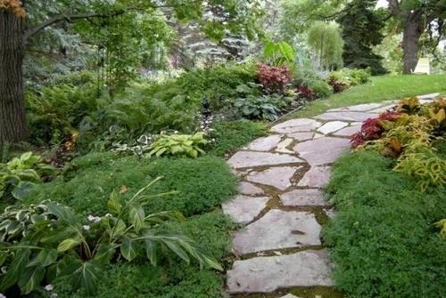Как обустроить садовые дорожки