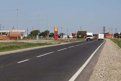 В Чечне отремонтировали участок трассы Ищерская — Червленная