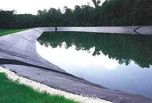 Монтаж и сварка геомембраны при организации искусственных водоемов